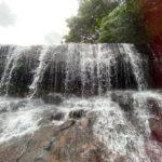 西表島サンガラーの滝